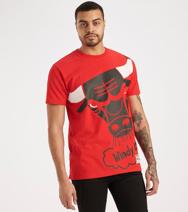 Mitchell And Ness  Big Face Bulls Tee  Red - SSTEBW19070-CHI | Jimmy Jazz