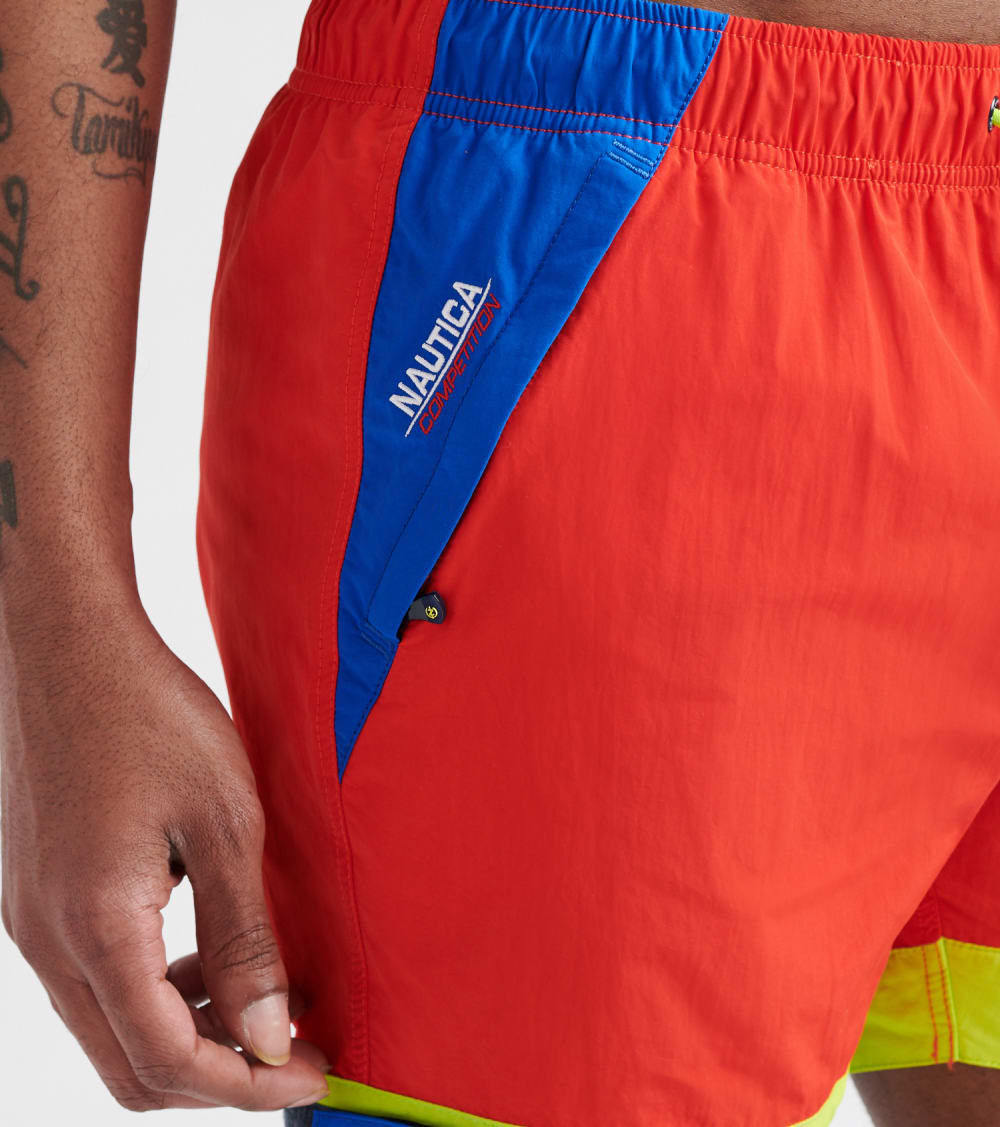 Nautica  6-Inch Competition Stretch Shorts  Red - T91950-6EY | Jimmy Jazz