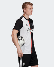 Load image into Gallery viewer, Juventus Adult Jersey