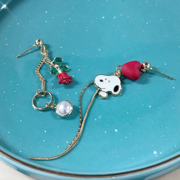 Snoopy Dangling earrings