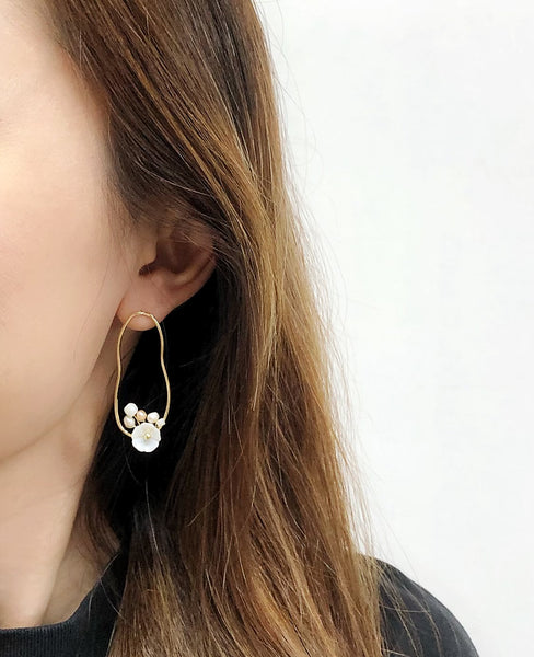 Audrey Flower Pearl Earrings
