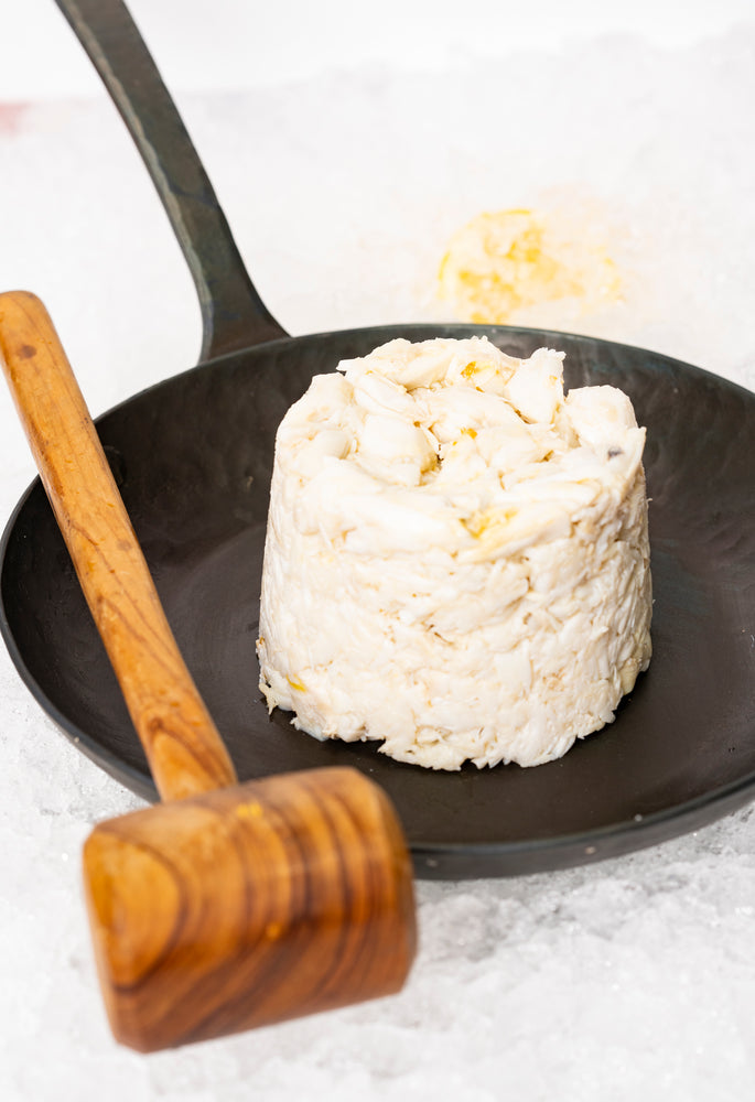 "Load image into Gallery viewer, Wild Blue Crab Jumbo Lump Crabmeat (1lb) ""Jimmys favorite"""