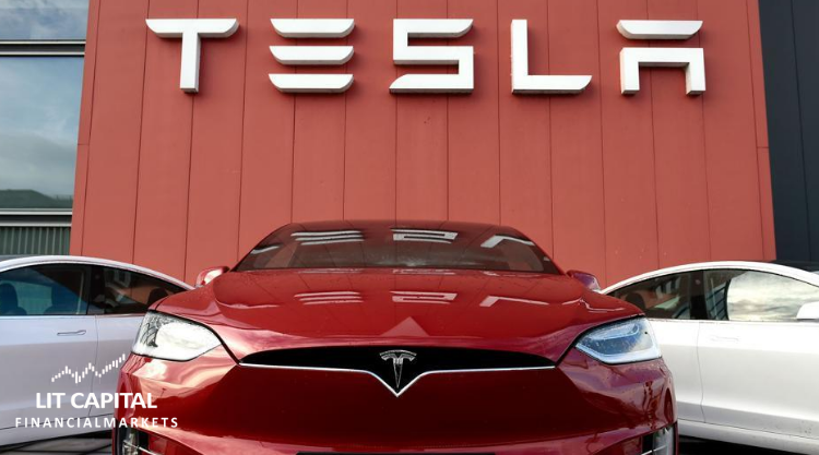 Tesla continues to evolve whilst the airline industry gets back to business