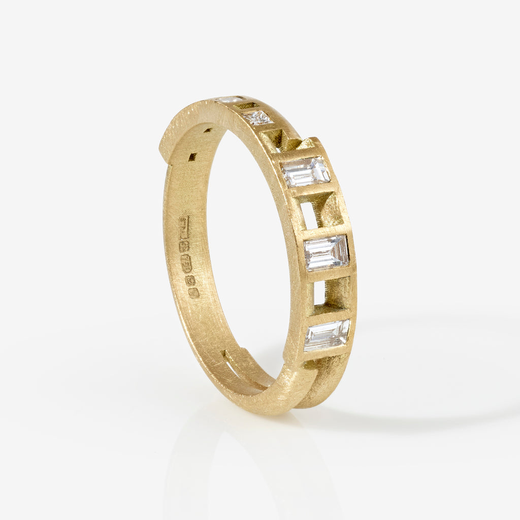 Ivana Statement Ring