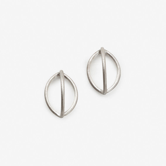 Lily Earrings (Single)