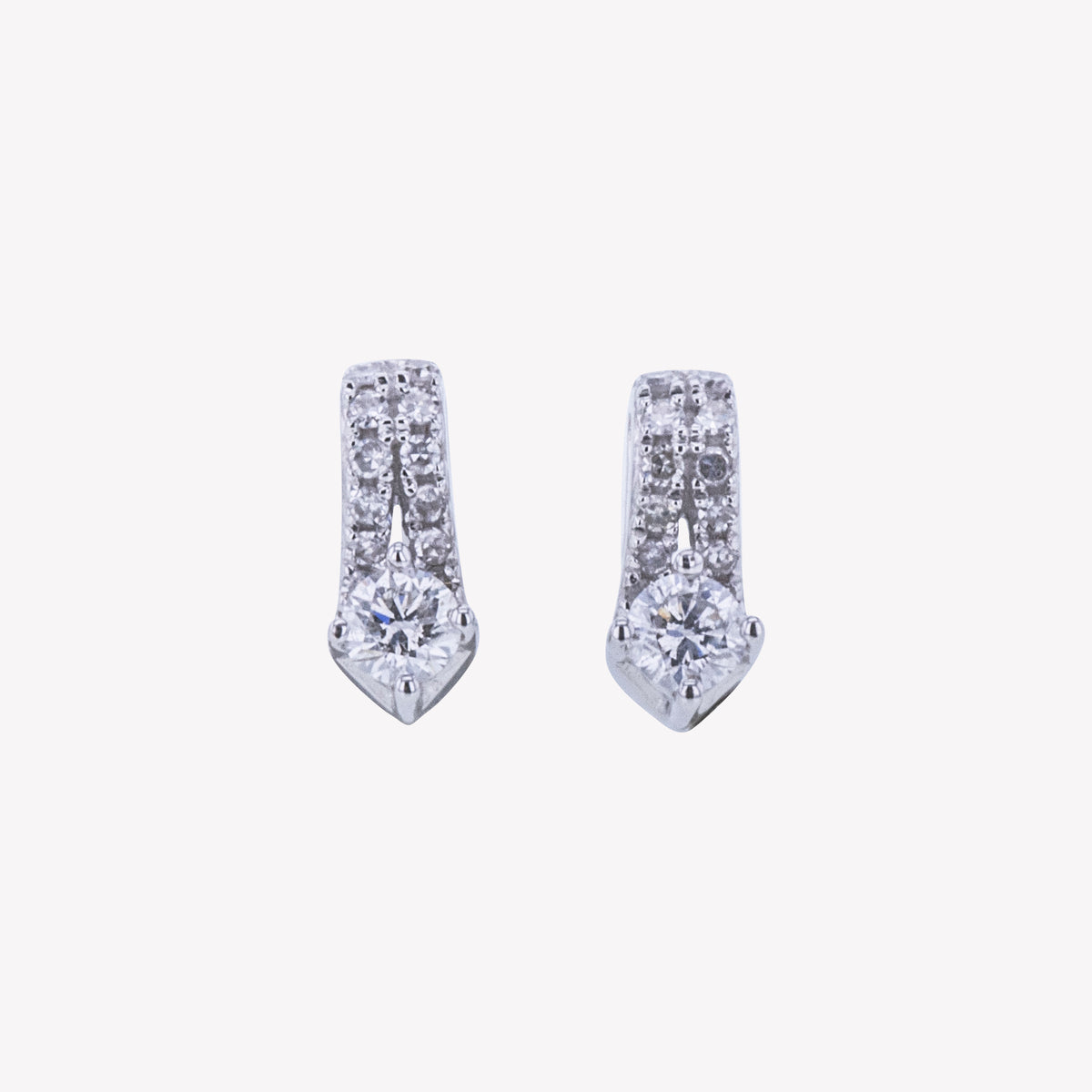 18K W/G Diamond Earring