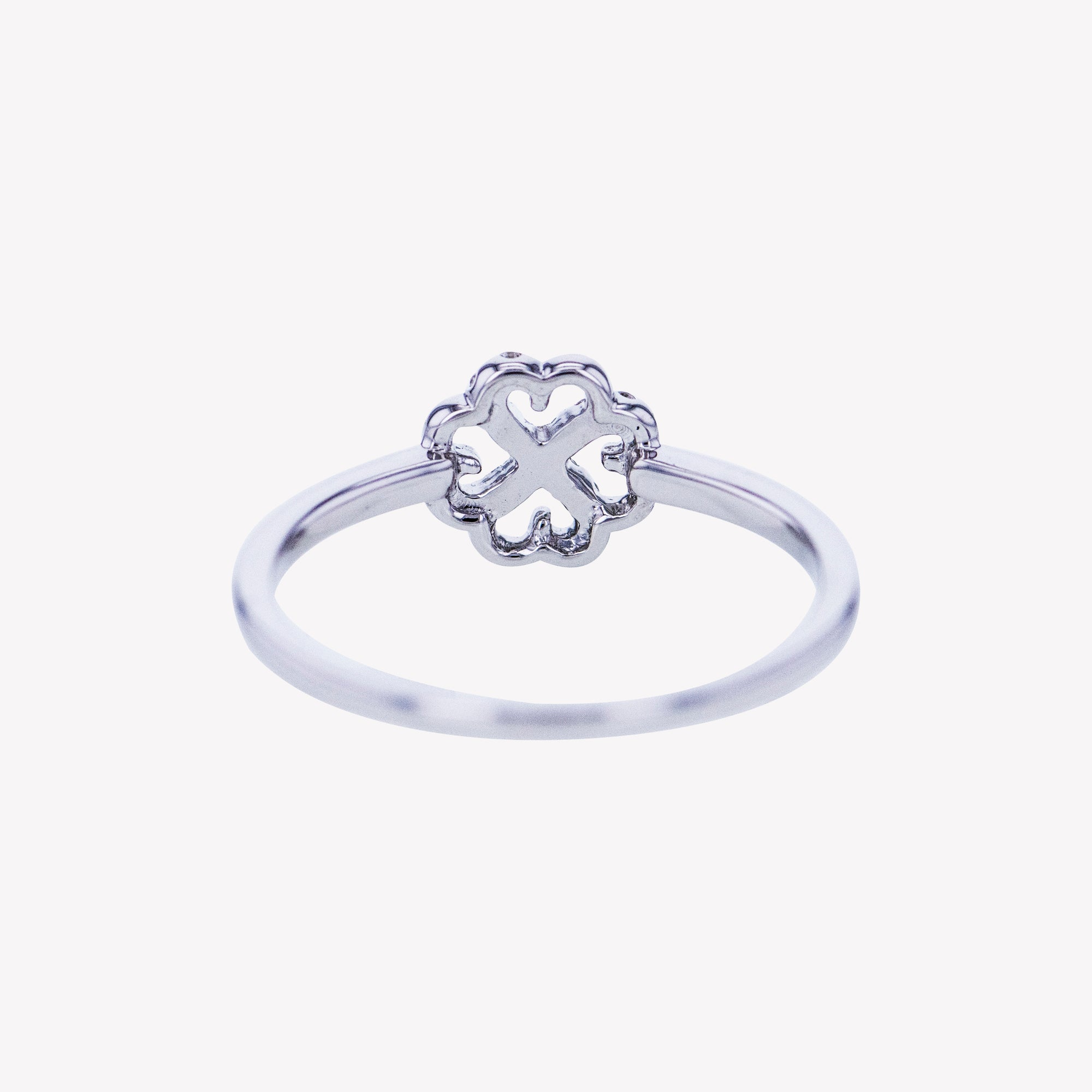 Clover Ring in White Gold