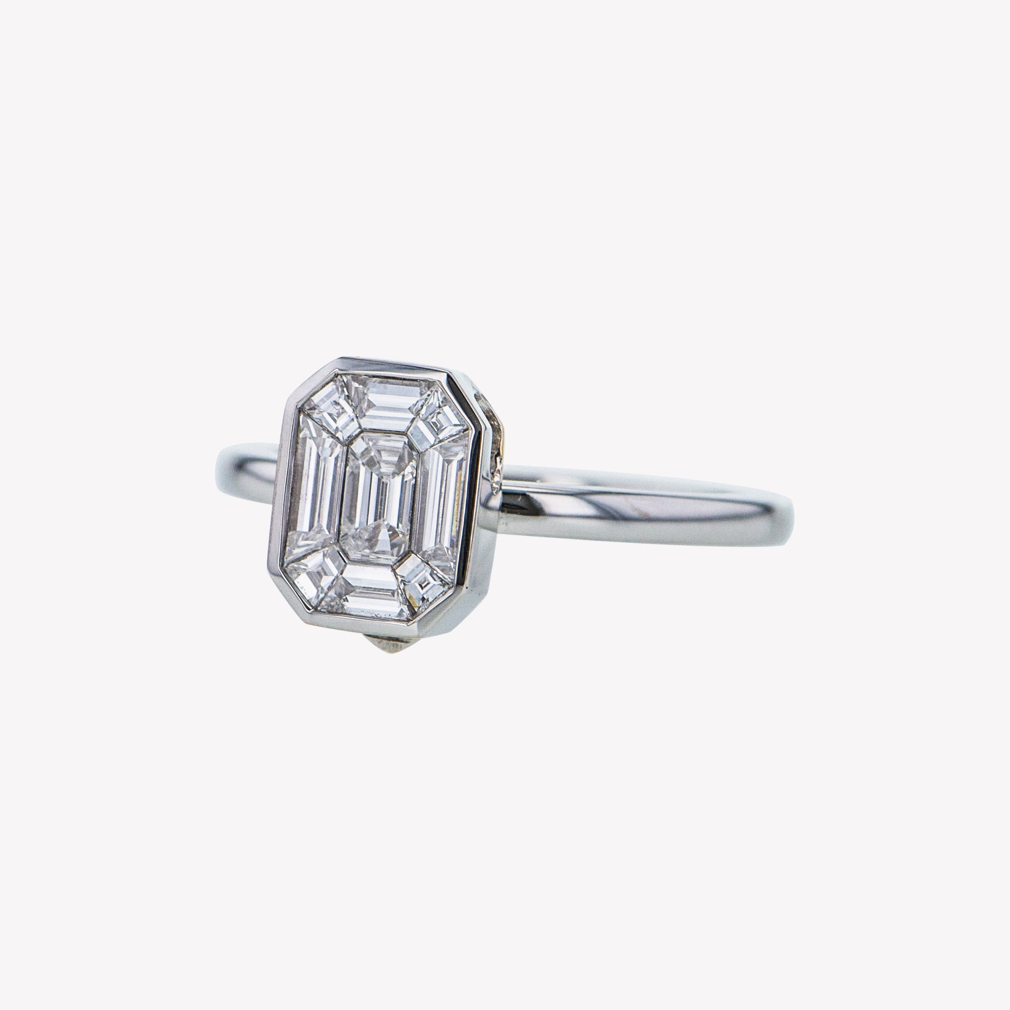 Detachable White Gold Emerald Head with Round Band