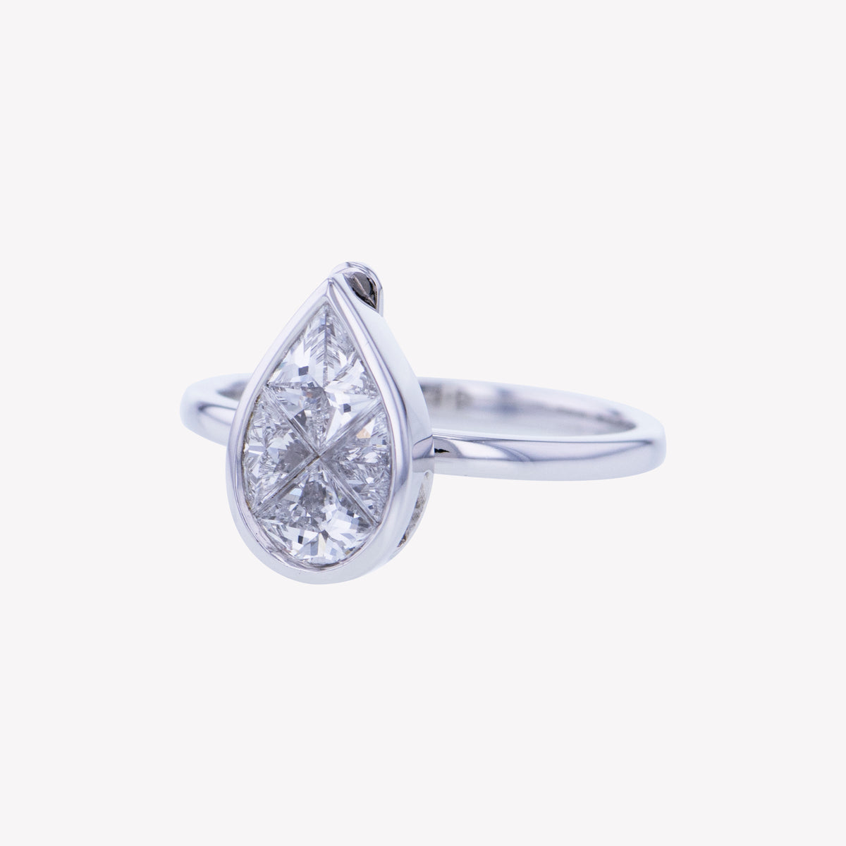 Detachable White Gold Pear Head with Round Band