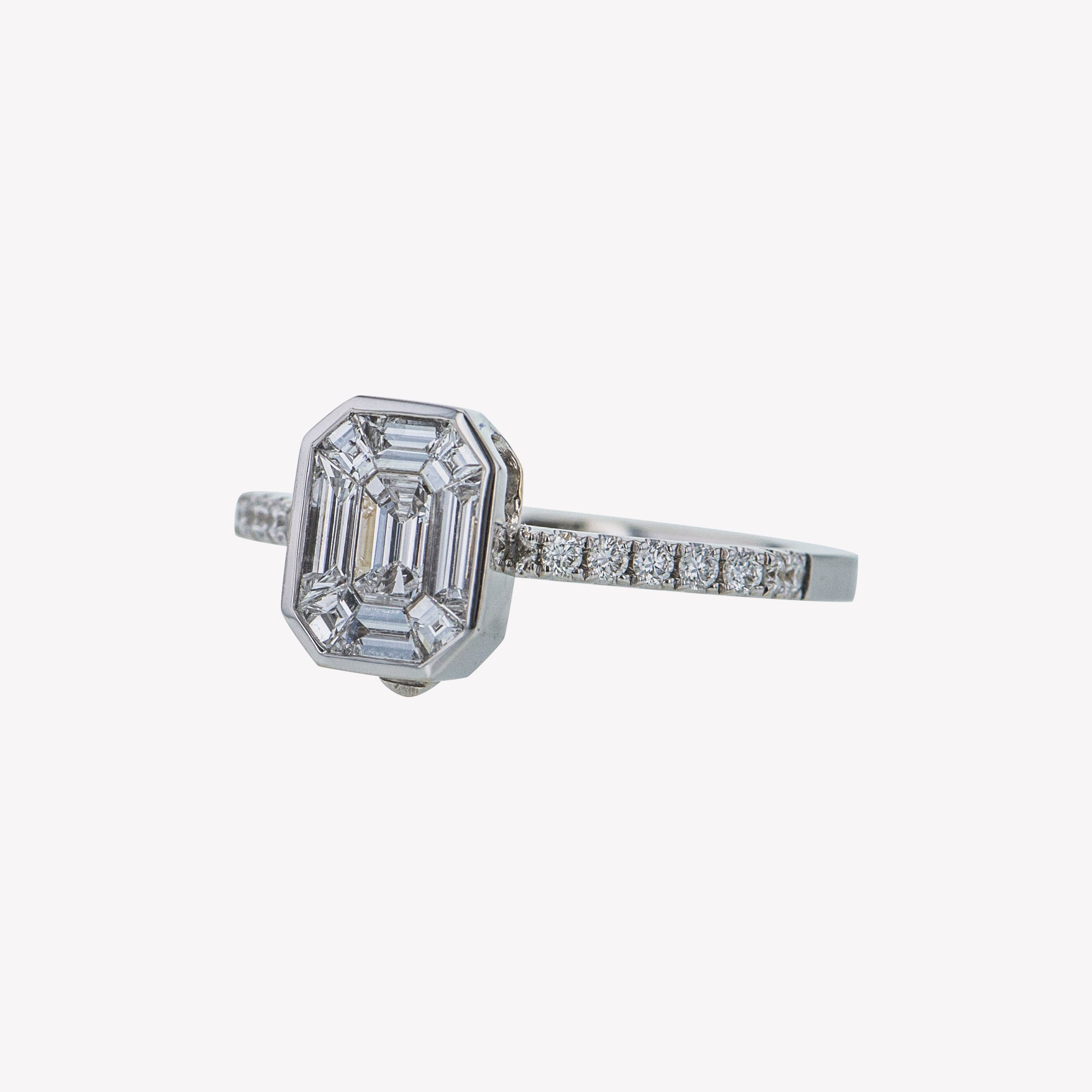 Detachable White Gold Emerald Head with Octa Diamond Band