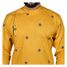 Load image into Gallery viewer, Ajay Arvindbhai Khatri Men's Poly Cotton Straight flower booti work Kurta YELLOW Colour