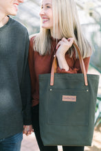 Load image into Gallery viewer, Austin Tote - Evergreen