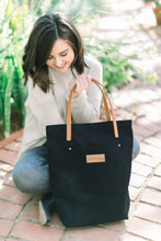 Load image into Gallery viewer, Austin Tote - Black