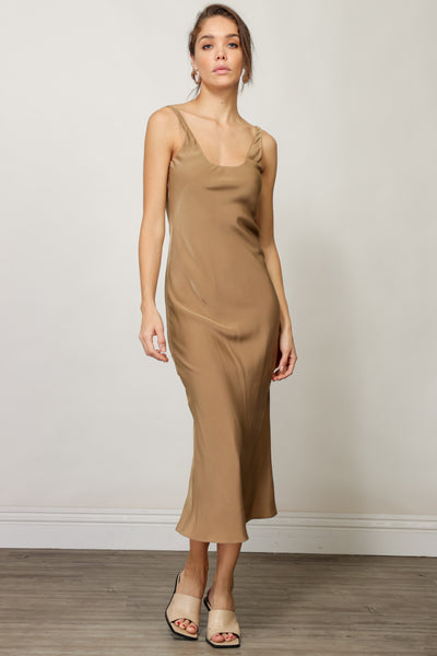 Ariel Scoop Neck Maxi Dress