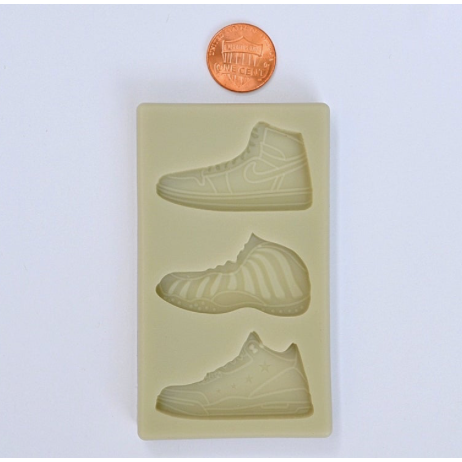 SNEAKERS MOLD