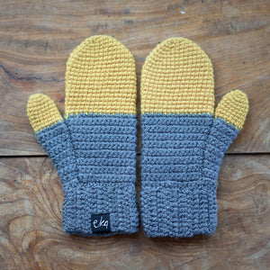 ombre two tone handmande mittens