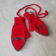 Load image into Gallery viewer, Fingertip Heart Mittens For Baby And Child-Mittens-EKA