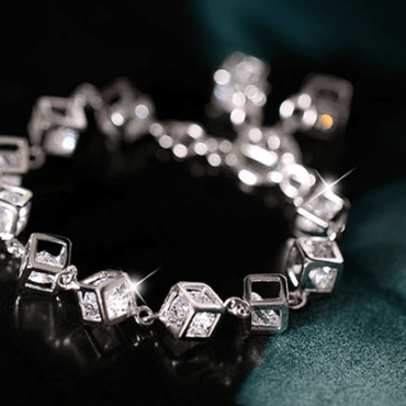 Three-dimensional square copper gold zircon bracelet - Urunigi.com