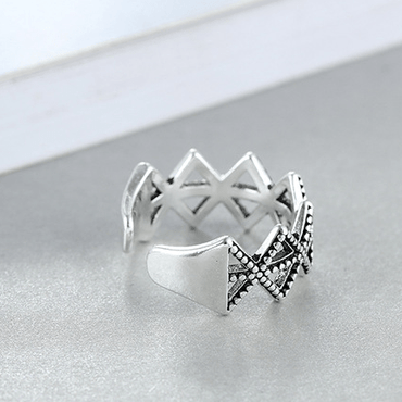 Diamond geometric ring - Urunigi.com