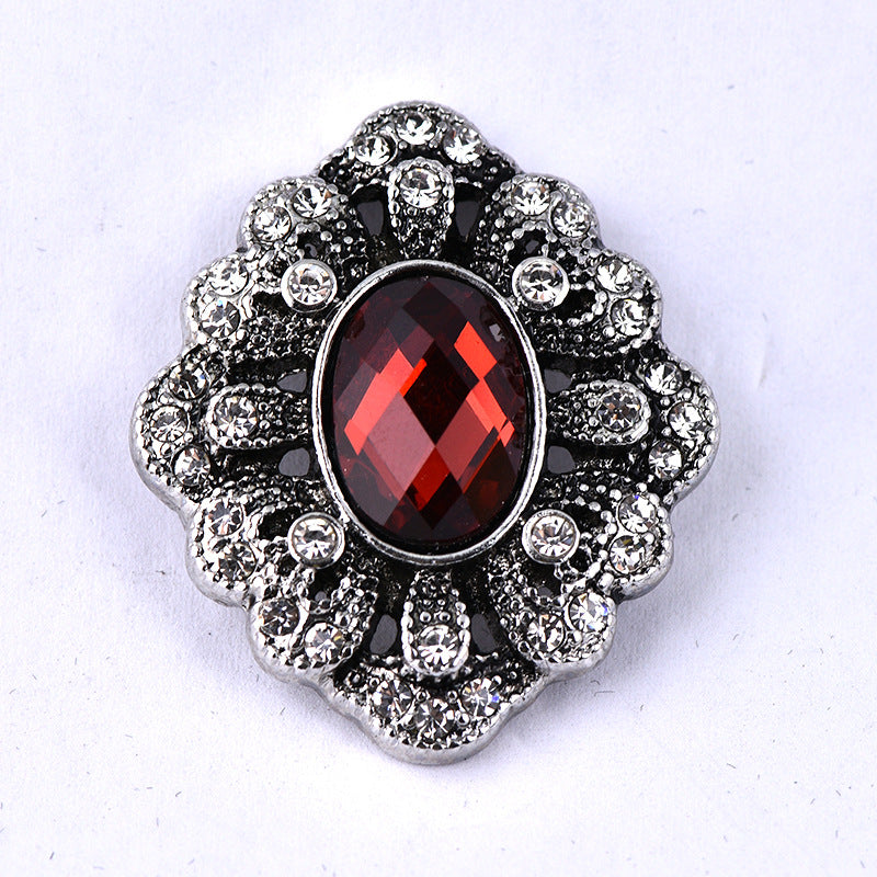 Alloy oval button with diamond