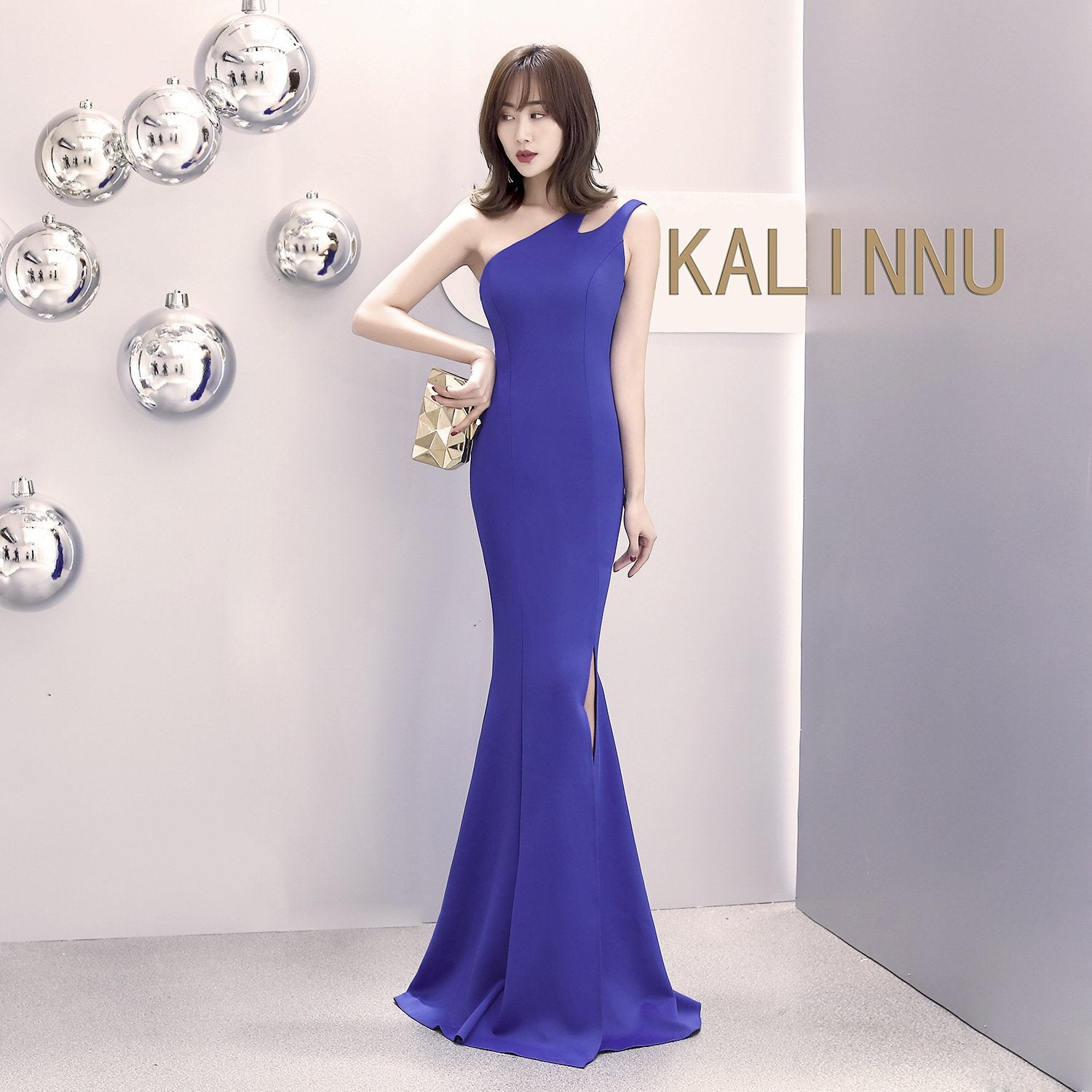 One-shouldered slit fishtail dress - Urunigi.com