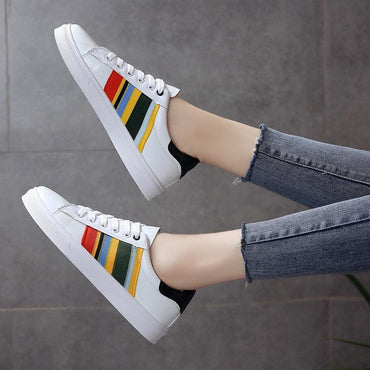 Small white shoes female students Korean version 2020 new wild leather panel shoes spring and autumn low to help flat sports shoes - Urunigi.com