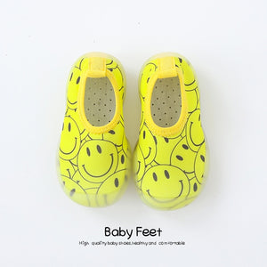 Open image in slideshow, Baby Water Shoes - Yellow Smiles