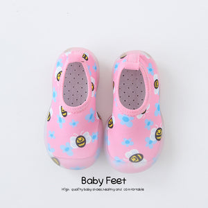 Open image in slideshow, Baby Water Shoes - Pink Bees