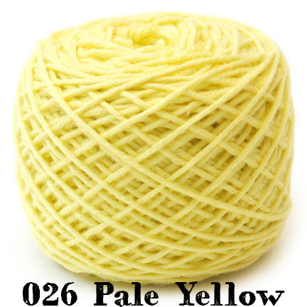simplicity 026 pale yellow