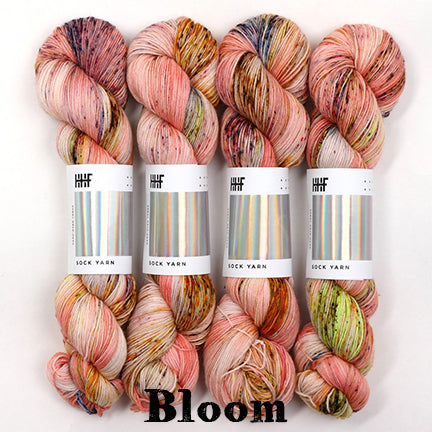 twist sock bloom