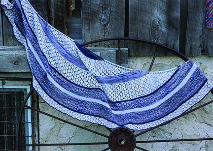 "featured pattern ""Aromi Shawl"""