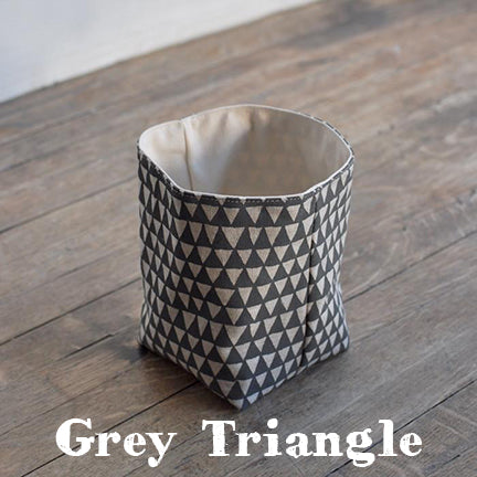 bookhou grey triangle