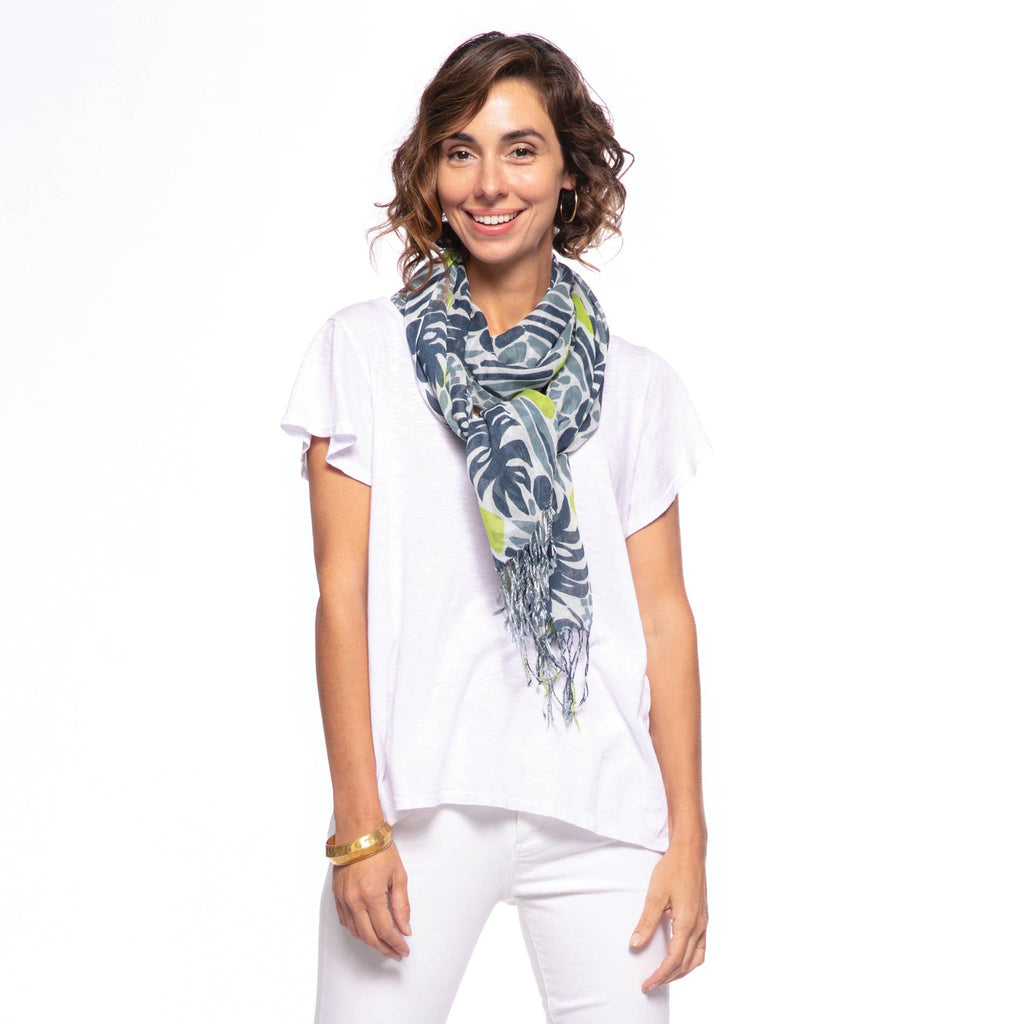 Featherweight Scarf