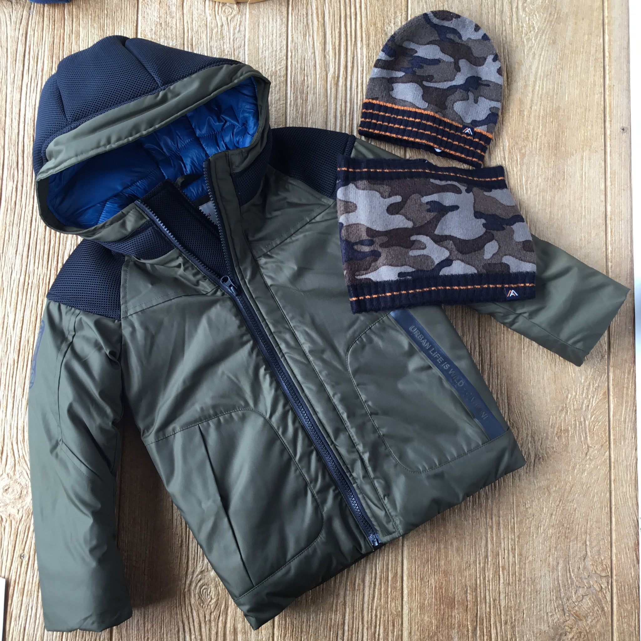 CAT 41054 Army Green Coat with Black