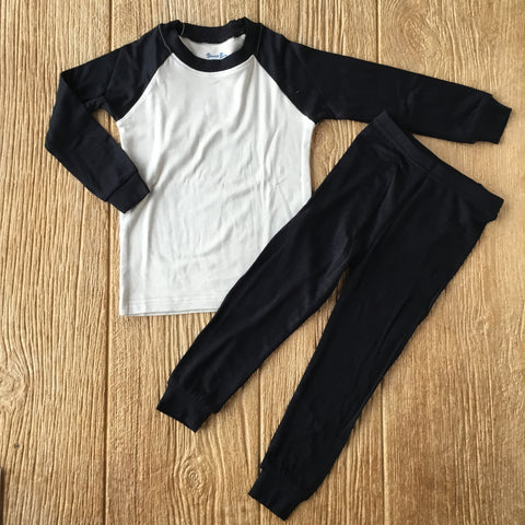 VB Raglan Black
