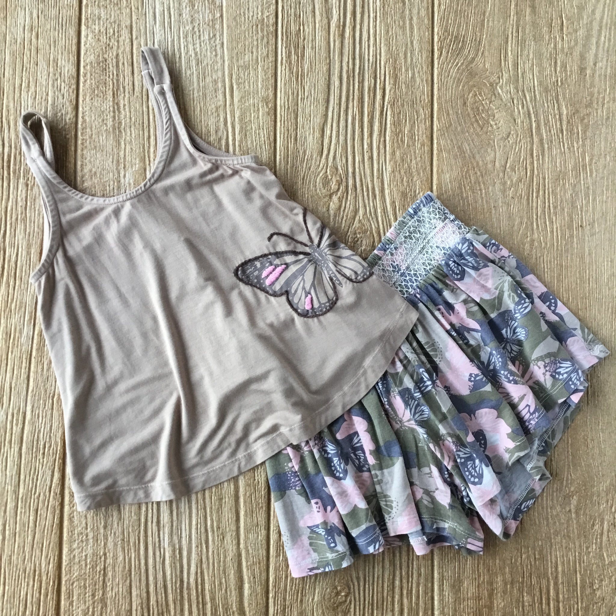 HN Camo Butterfly 2Pc Pajama Short Set