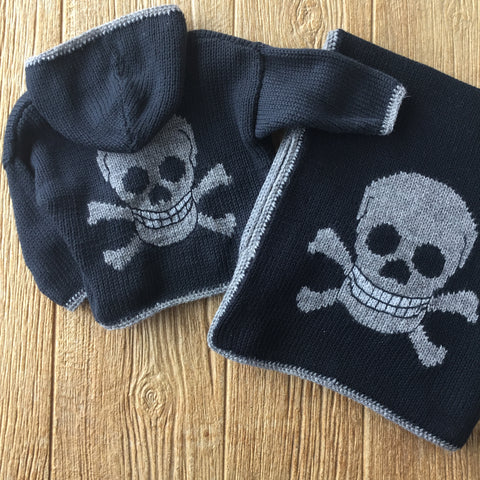 AW 3371 Hooded Grey Skull Sweater