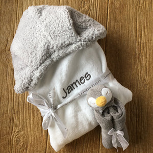 Little Giraffe Towel Light Grey