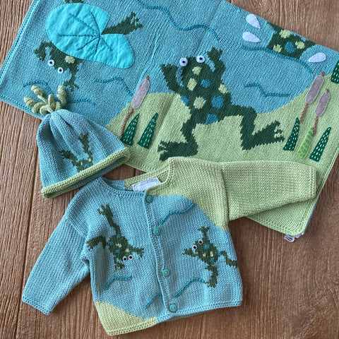AW 373 Frog Pond Sweater