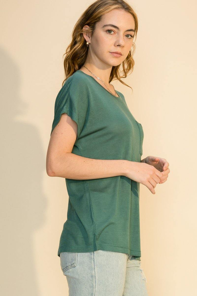 ROUND NECK DOLMAN SHORT SLEEVE TOP WITH POCKET