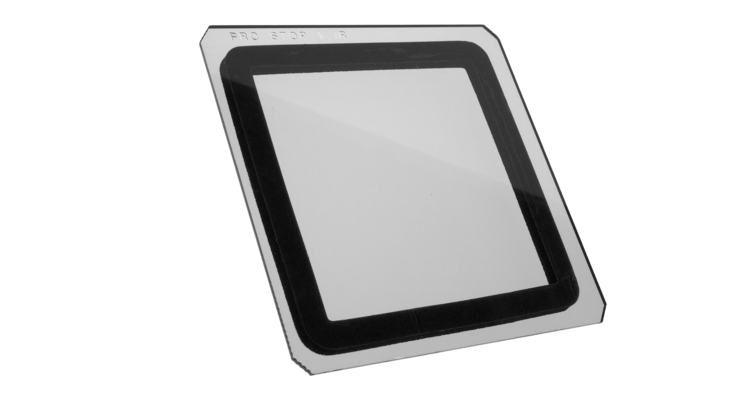an image of a square formatt hitech neautral density filter with a foam gasket applied to one side near the edges. The center and edges of the filter are uncovered