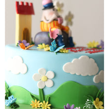Load image into Gallery viewer, Humpty Dumpty Cake