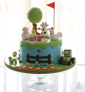 Farmyard Animals Cake