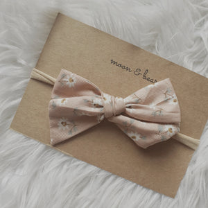 DAISY Headband Bow in Blush