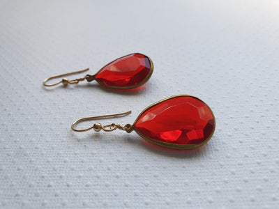 simply vintage - red drops - pequitobun
