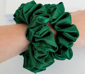 100% Mulberry Silk Emerald Scrunchies - Fashion Mode Gallery