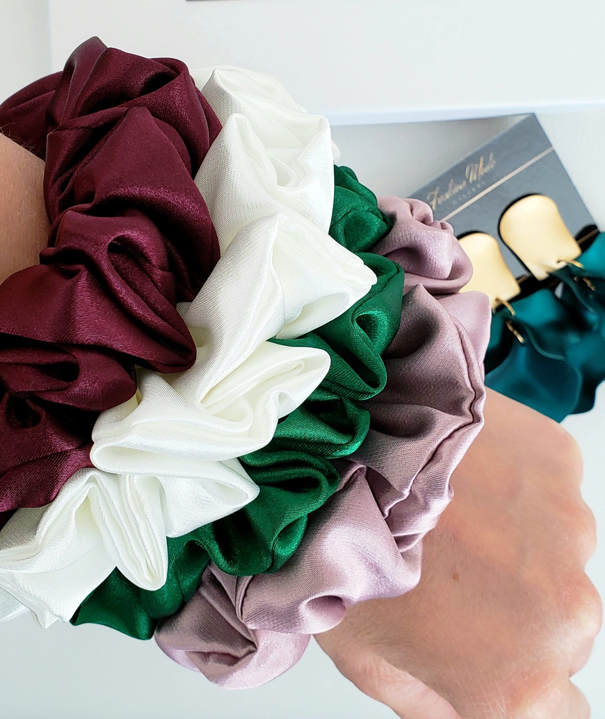 100% Mulberry Silk Maroon Scrunchies - Fashion Mode Gallery
