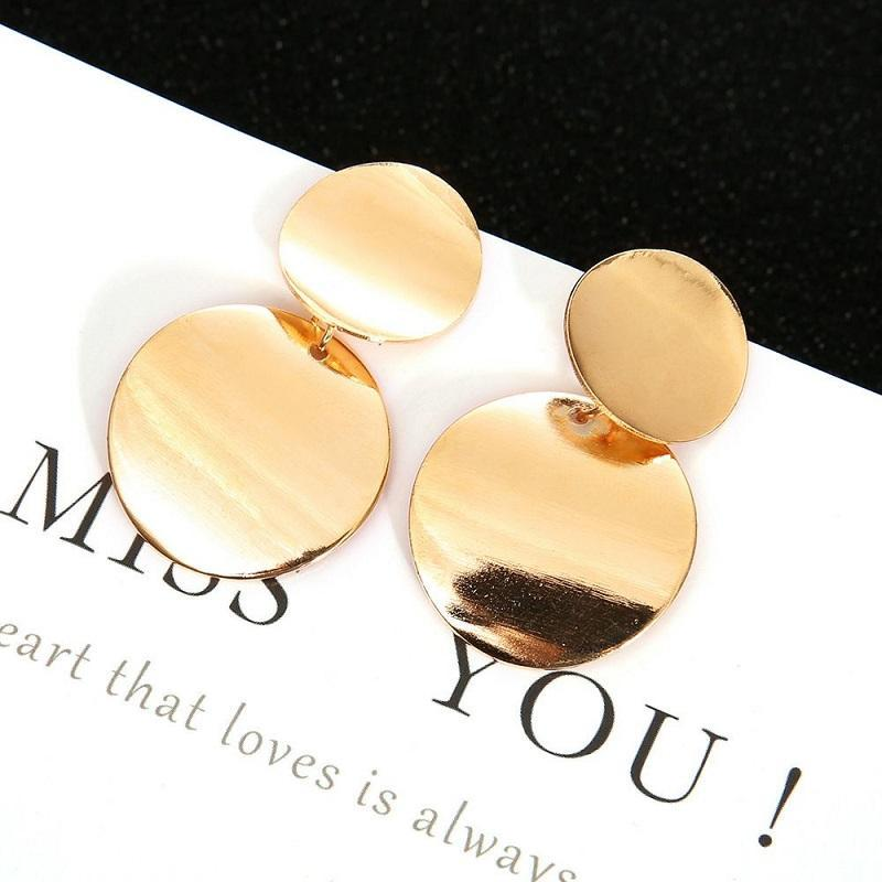 Keep it Classy Drop Earrings in Gold - Fashion Mode Gallery