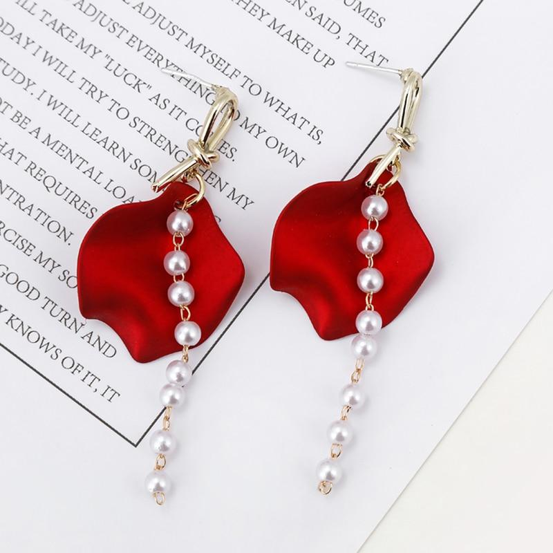 'Pearl Queen' Rose Earrings - Fashion Mode Gallery