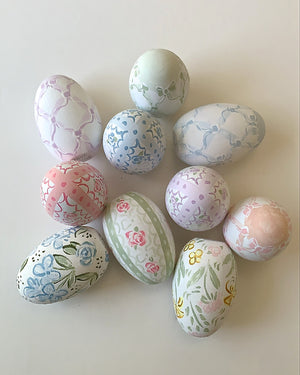 HAND PAINTED WOODEN EGGS - MIXED FLORAL